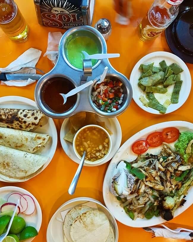 מסעדה מקסיקנית El Fogon