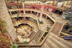 מוסללה -נווה מדבר עירוני בבניין כלל