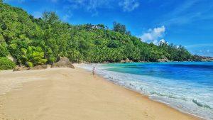 חופים מומלצים במאהה סיישל: Anse Intendance